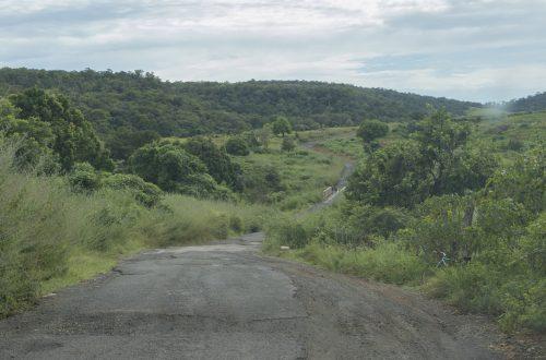 Straße zum Montagne d'Ambre