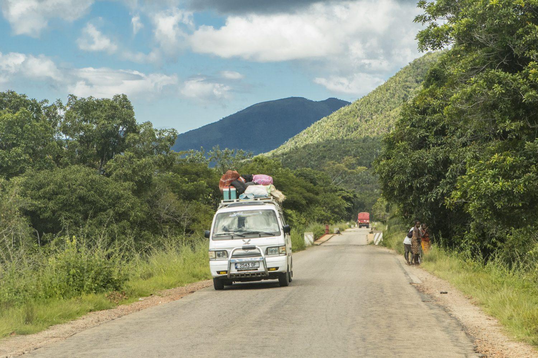 Auf dem Weg nach Ambilobe